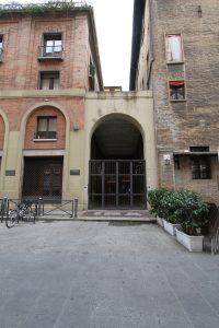 La Galleria dei Notai, antico Vicolo di Santa Croce da via de' Pignattari.