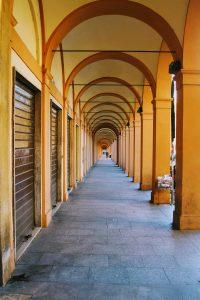 portico della Certosa, dall'arco 305